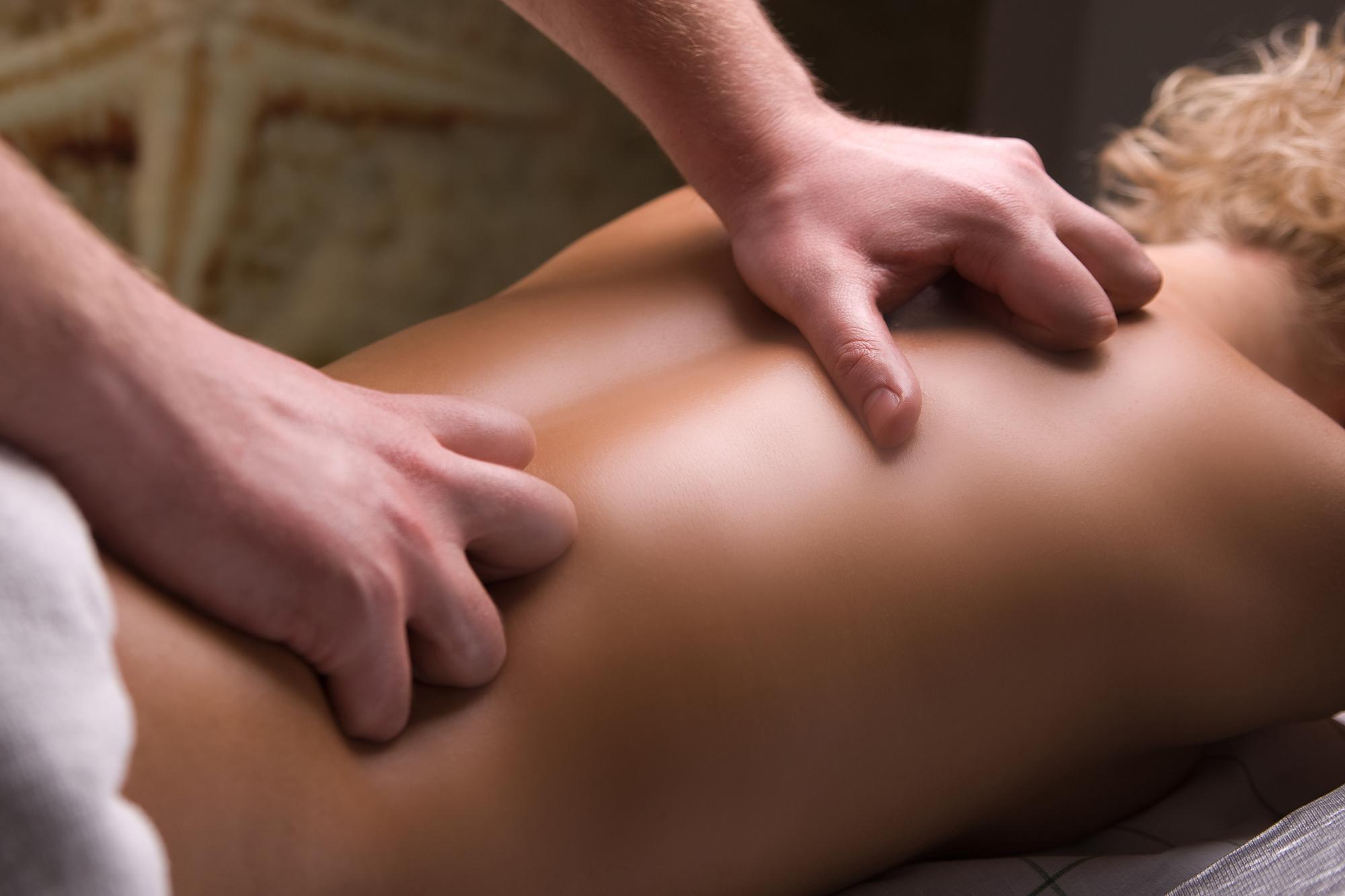 stariy-konchil-seks-video-figura-massazh-video-masturbatsii